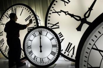 Когда переводят часы (постановление Кабмина)