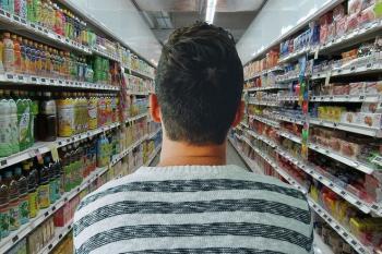 Украинцев предупредили о существенном подорожании ряда главных продуктов