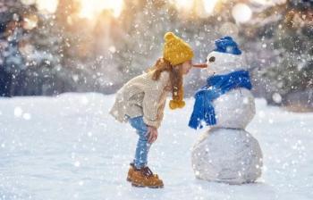 Зимние каникулы-2020: когда будут отдыхать школьники и родители