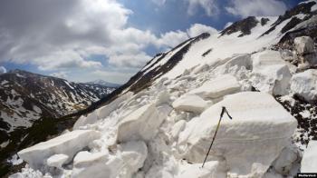 Синоптики попереджають про ймовірність сходження лавин у Карпатах