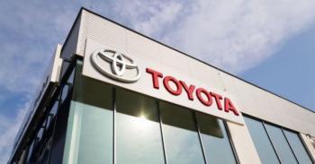Toyota відкликає майже 2 мільйона автомобілів