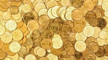 Сьогодні останній день, коли в Україні можна розплатитися старими банкнотами і монетами по 25 копійок