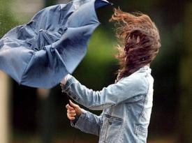 В Україну йде холодна погода: синоптик прогнозує заморозки, дощ і сильний вітер