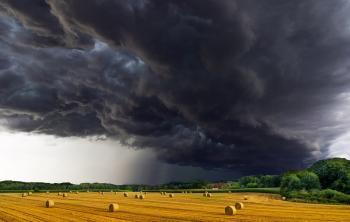 В Украину идут весенние грозы и долгожданное тепло
