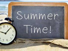 Святкові вихідні у червні 2021: коли та скільки днів відпочинку отримають українці