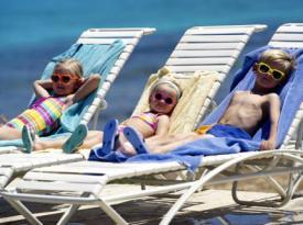 Отдых с детьми на море за границей: куда поехать отдыхать?
