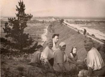 Найдовша та з жителями: рекорди черкаської дамби